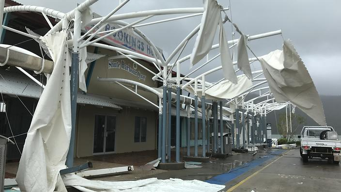 Cyclone Debbie-Thousands without Power in Queensland Australia