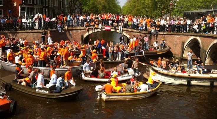 Amsterdam Canoeing Day tour