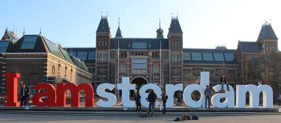 Surprise Discover City Amsterdam Break