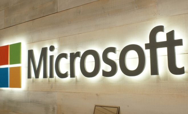 Microsoft Reports Technical Problems With Outlook