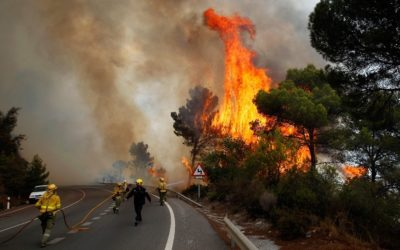 Hundreds of People Evacuated by Forest Fires in Spain