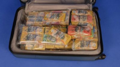Australia Police Looking for Owner of a Suitcase with $1.6 Million