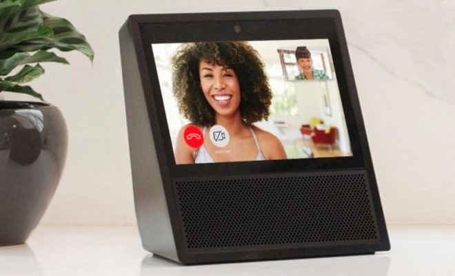 Facebook Plans to Introduce Smart Screen Speaker in 2018