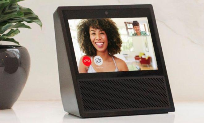 Facebook Plans to Introduce Smart Screen Speaker in 2018