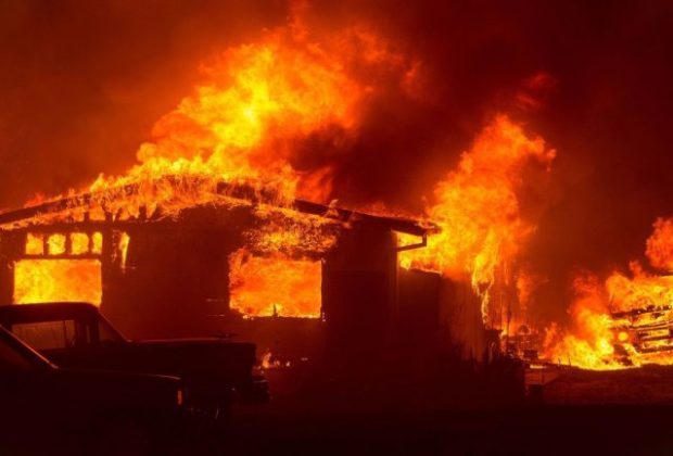 Inferno in California-Firefighters Battle Wildfires in Wine Country