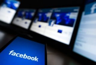 50 Million Facebook Users Data Stole for Political Advertising