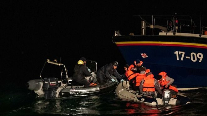 Again Eight Migrants Rescued at Sea between France and Great Britain