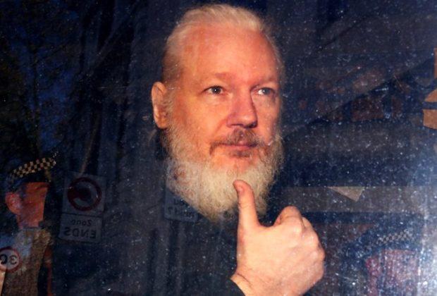 Wikileaks Sounds the alarm: Julian Assange is Running Back in Prison