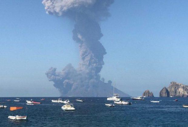 Stromboli Volcano Italy: Another Massive Explosion Today