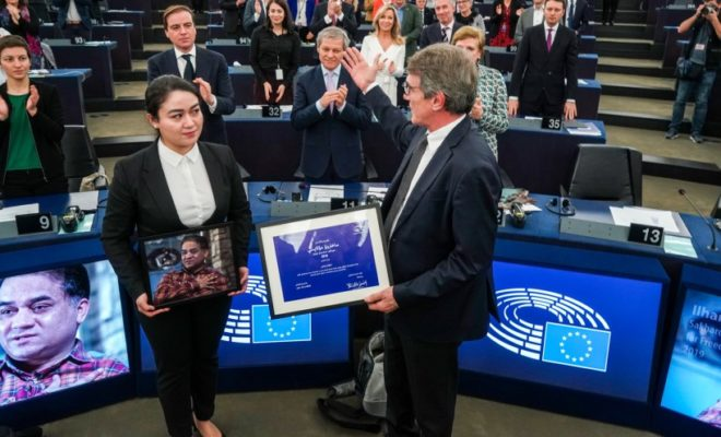 Daughter of Ilham Tohti Imprisoned in China Receives European Sakharov Prize