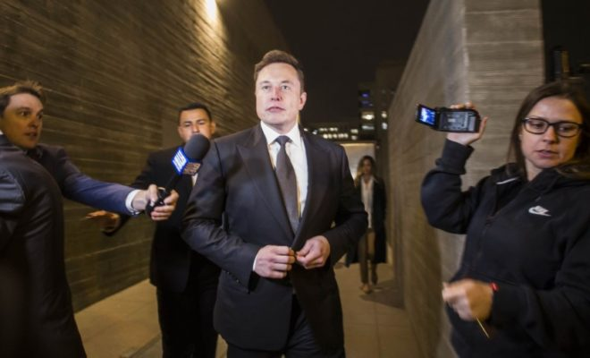 Elon Musk Plummets His Own Share Price With Crazy Tweets