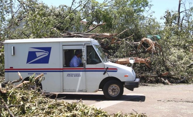 US Postman Hires Storage Facility to Dump Mail that He Could Not Deliver