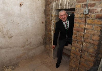 360-Year-Old Room Rediscovered in the British Parliament