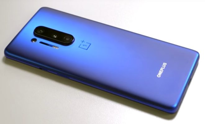 Hands-On With the New OnePlus 8 and 8 Pro
